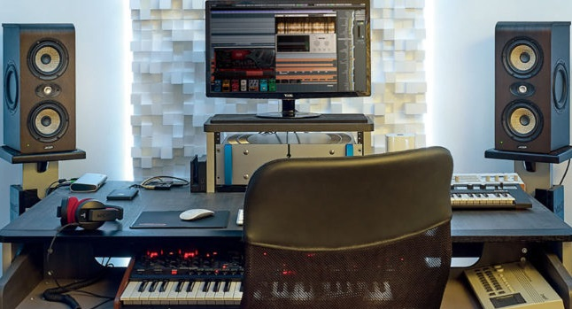 Are Studio Monitors Better Than Speakers?3